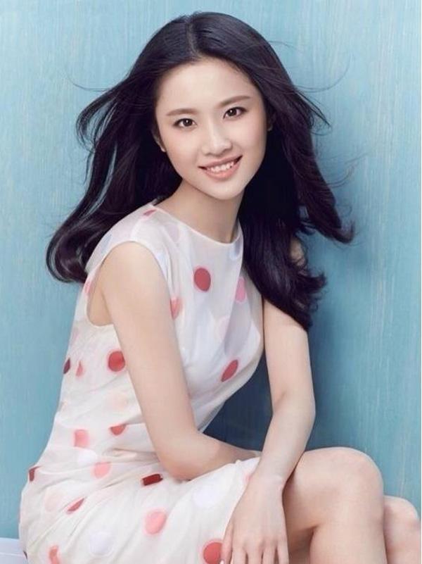 Đạt được Thị hậu Kim Ưng, Địch Lệ Nhiệt Ba sánh ngang với Ảnh hậu Kim Mã  Châu Đông Vũ, đứng đầu thành tích tiểu hoa 9X ảnh 13