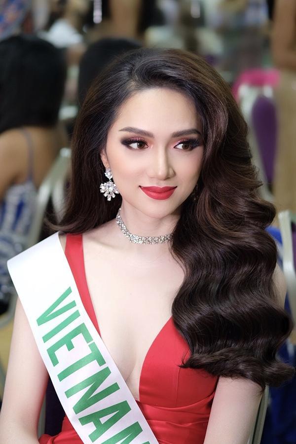 Tham gia MissInternational Queen Pageant là quyết định đúng đắn nhất trong sự nghiệp của Hương Giang