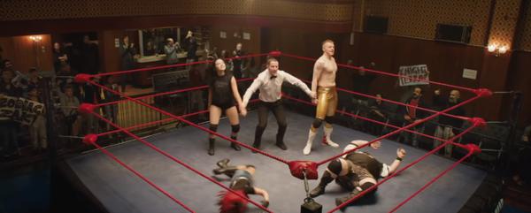 The Rock Dwayne Johnson trở lại màn ảnh với bộ phim về nữ đô vật Mỹ WWE Paige Saraya-Jade Bevis ảnh 9