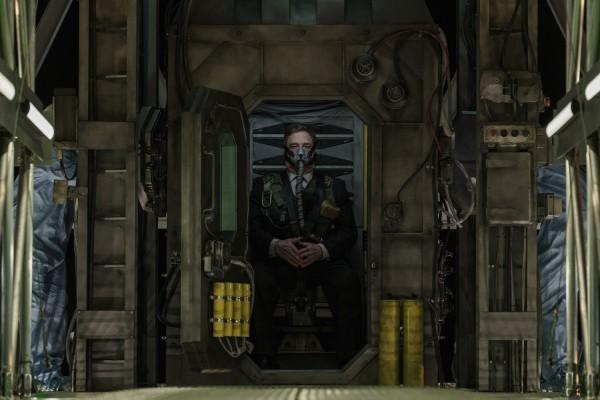 Trailer 'Captive State' vẽ ra một thế giới mới trong đế chế phát xít của người ngoài hành tinh ảnh 8