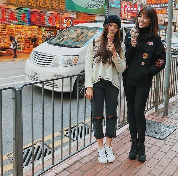 Và những ảnh chụp cùng chị dâu Hari Won