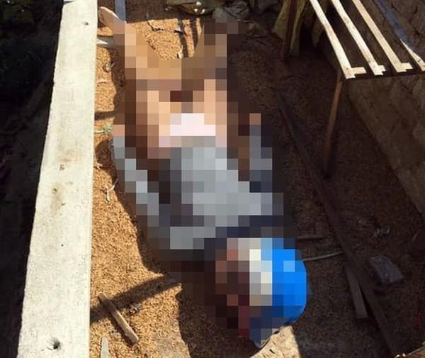 Thi thể của cô gái được phát hiện tại căn nhà cấp 4 bị bỏ hoang (Ảnh: Xuân Lan)