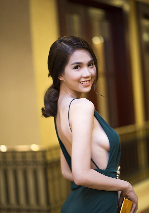 Vòng 1 lúc căng lúc xệ khó hiểu của Elly Trần, Angela Phương Trinh, Lý Nhã Kỳ ảnh 5