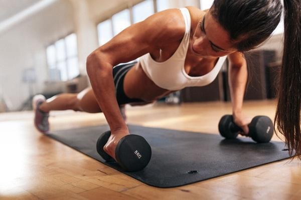 Lo lắng ngực chảy xệ do giảm cân, chỉ cần áp dụng tips dưới đây ảnh 1