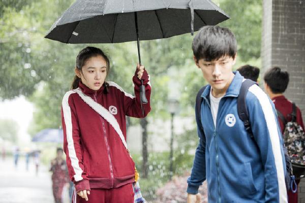 Ngôn Mặc- Trương Vũ Kiếm có phải là F-Kun bước ra từ tiểu thuyết 'Anh không thích thế giới này, anh chỉ thích em' ảnh 17
