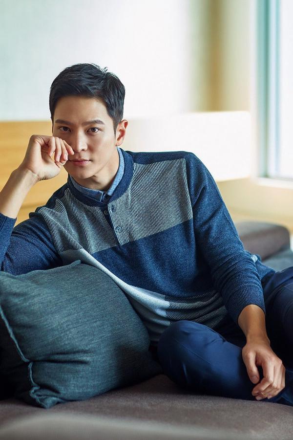 Joo Won xem xét quay lại màn ảnh nhỏ trong phim của đạo diễn Cô gái nhìn thấy mùi hương ảnh 3