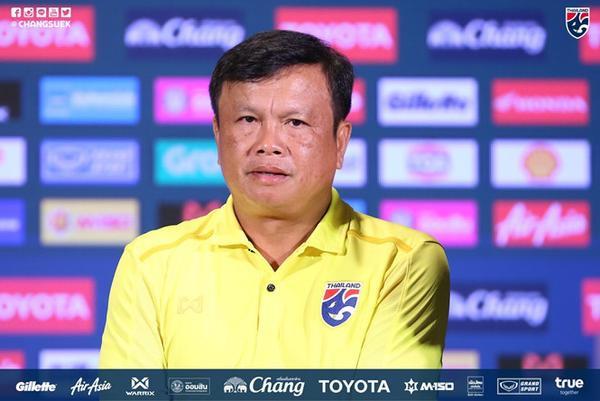 """HLV Yodyardthai : """"Thái Lan muốn chứng minh ai là số 1 bóng đá Đông Nam Á""""."""