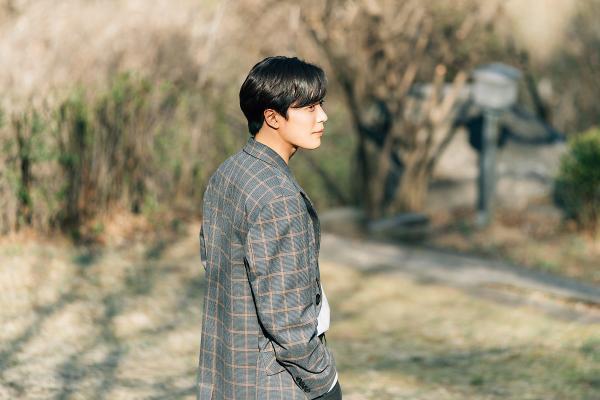 Nhan sắc gây nghiện của sát nhân Kim Jae Wook trong Bí mật nàng fangirl ảnh 18