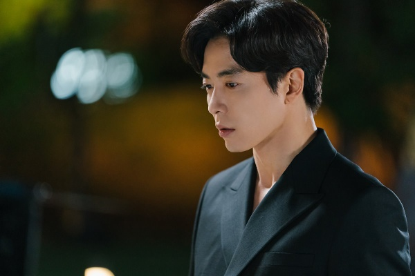 Kim Jae Wook's addictive personality in 'Her Private Life'