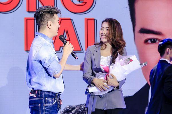 """""""Bản sao"""" Mỹ Tâm - nữ diễn viên Vũ Khanh trong vai """"vợ tương lai"""" của Mr. Đàm."""