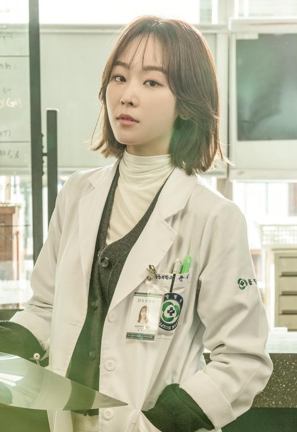 Người thầy y đức sẽ có mùa 2 nhưng Yoo Yeon Seok và Seo Hyun Jin sẽ không tham gia ảnh 3