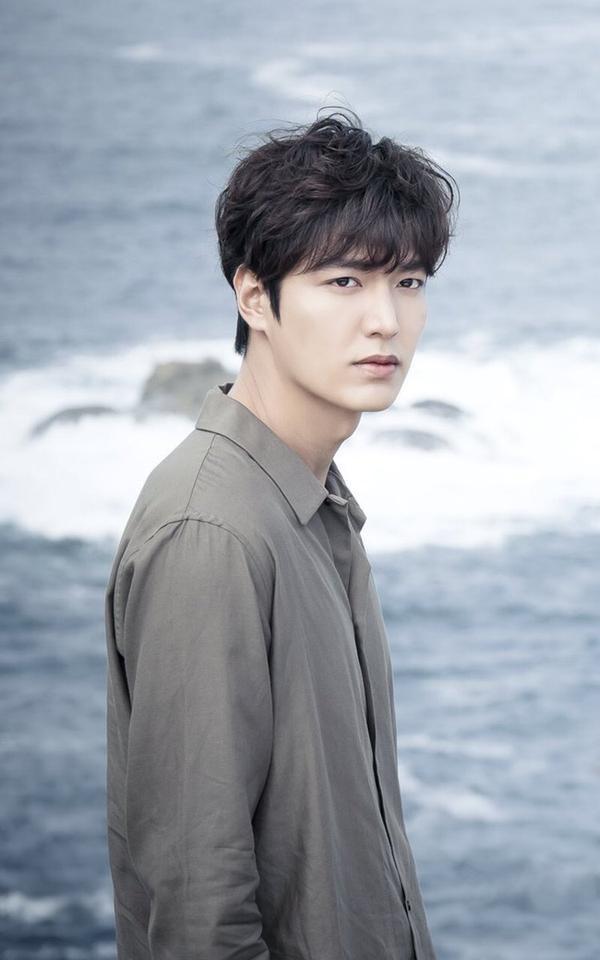 HOT: Lộ diện nữ chính đóng cặp cùng Lee Min Ho trong phim mới của biên kịch Hậu duệ mặt trời ảnh 6