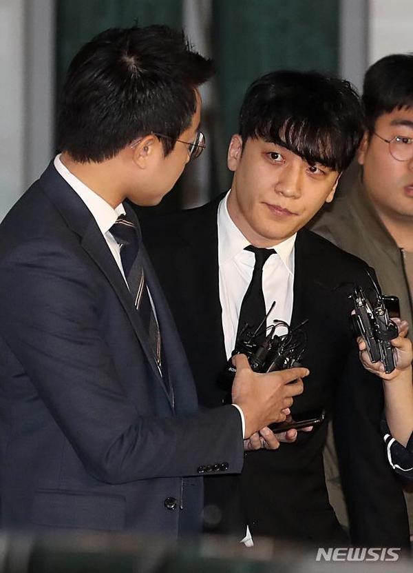 Seungri  Yoo In Suk tiếp tục bị cáo buộc trong nhiều trường hợp môi giới mại dâm ảnh 1