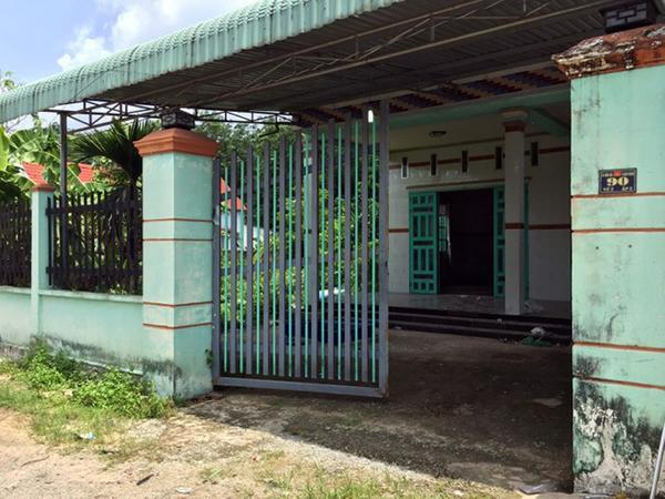 Căn nhà, nơi phát hiện 2 thi thể. (Ảnh: Dân Việt)