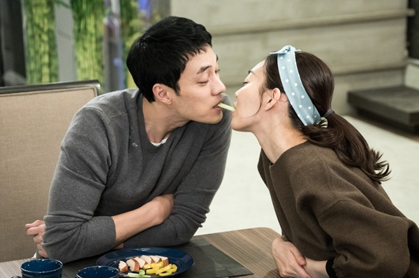 """Cuối năm 2015, anh tiếp tục """"bén duyên"""" với Shin Min Ah qua phim """"Nữ thần của tôi""""."""