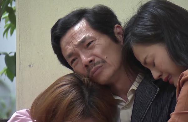 Ông Sơn (NSƯT Trung Anh) hạnh phúc khi biết Anh Thư (Bảo Thanh) quyết định giữ đứa bé