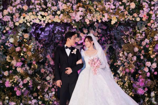 Nhân dịp lễ tình nhân Trung Quốc, điểm danh 5 cặp đôi phim giả tình thật của phim Hoa ngữ ảnh 13
