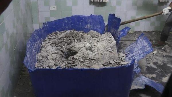 Thi thể nạn nhân được phát hiện trong thùng nhựa đổ đầy bê tông