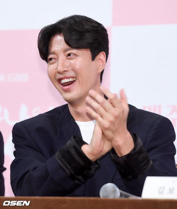 Họp báo Dan Only Love: Shin Hye Sun thùy mị bên L (Infinite) và tài tử Lee Dong Gun ảnh 21