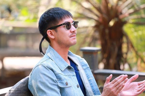 Năm 2019, nam thần Weir Sukollawat trở lại áp đảo màn ảnh Thái Lan với 4 phim truyền hình và 1 phim điện ảnh ảnh 3
