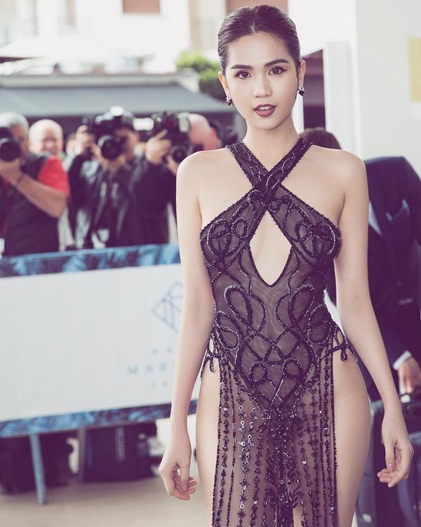 Muôn màu trang phục gợi ý cho Ngọc Trinh tại Cannes: Áo bà ba tím của Hai Phượng hay đồ bảo hộ ninja sẽ ghi điểm? ảnh 0