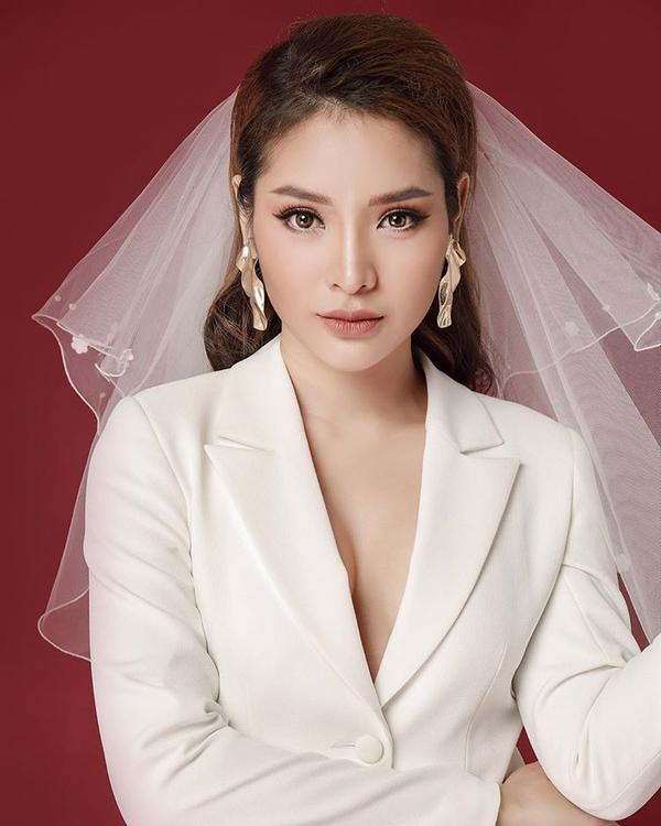 Những cô nàng tên Trinh 'đại náo' showbiz Việt với câu chuyện tình  tiền ảnh 11