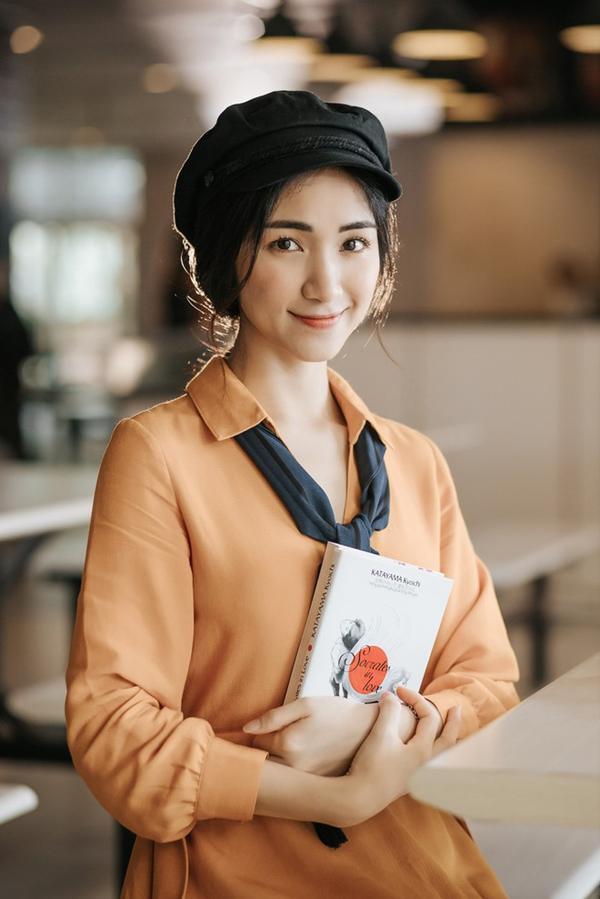 Hòa Minzy có tên thật là Nguyễn Thị Hòa. Cô nàng từng chia sẻ lấy nghệ danh này vì yêu thích thành viên Minzy trong nhóm nhạc Kpop 2NE1.