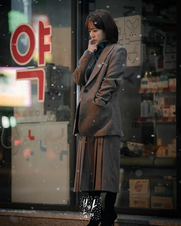 K-net nói gì về Đêm xuân của Han Ji Min và Jung Hae In, liệu có giống Chị đẹp mua cơm ngon cho tôi? ảnh 2