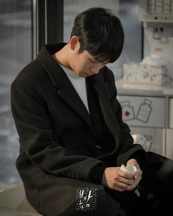 K-net nói gì về Đêm xuân của Han Ji Min và Jung Hae In, liệu có giống Chị đẹp mua cơm ngon cho tôi? ảnh 8