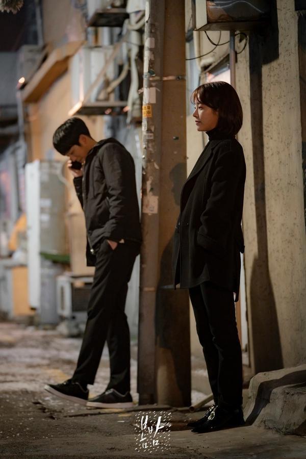 K-net nói gì về Đêm xuân của Han Ji Min và Jung Hae In, liệu có giống Chị đẹp mua cơm ngon cho tôi? ảnh 0