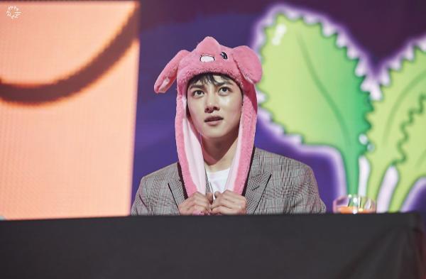 Bộ ảnh trong buổi họp fan của Ji Chang Wook cùng tâm thư: Mùa xuân của anh là các em ảnh 26
