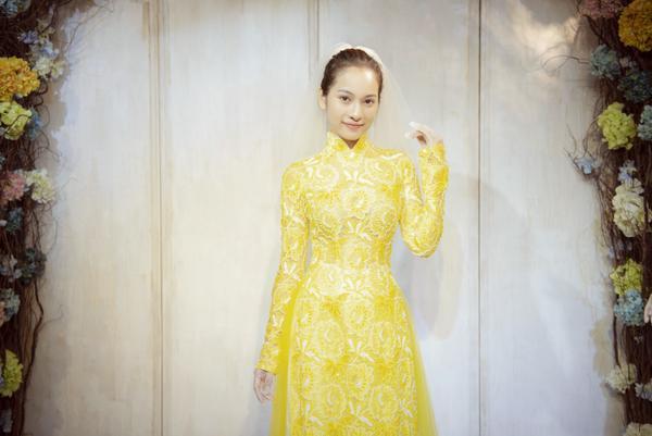 Vợ sắp cưới của Dương Khắc Linh thử áo dài Bảo Bảo khoe trọn vẻ gợi cảm cho ngày trọng đại ảnh 6
