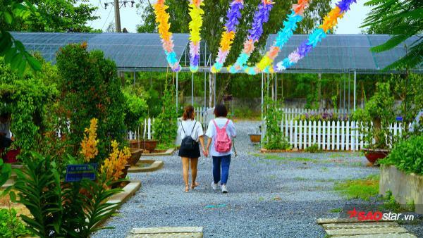 Được biết, trong thời gian tới, nhà trường sẽ tiếp tục mở rộng, trang trí thêm cho khu vườn đặc biệt này, tạo nên không gian xanh đẹp mắt, thân thiện với môi trường.