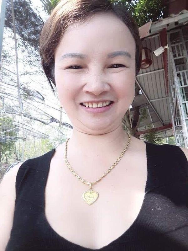 Bà Trần Thị Hiền - mẹ nữ sinh C.M.D bị sát hại vào chiều 30 Tết khi đi giao gà.