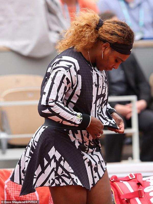 Dù bị cấm mặc catsuit tại giải French Open (Pháp mở rộng) năm ngoái nhưng điều này không ngăn được bà hoàng làng tennis thế giới Serena Williams đưa ra tuyên bố về thời trang trên sân.