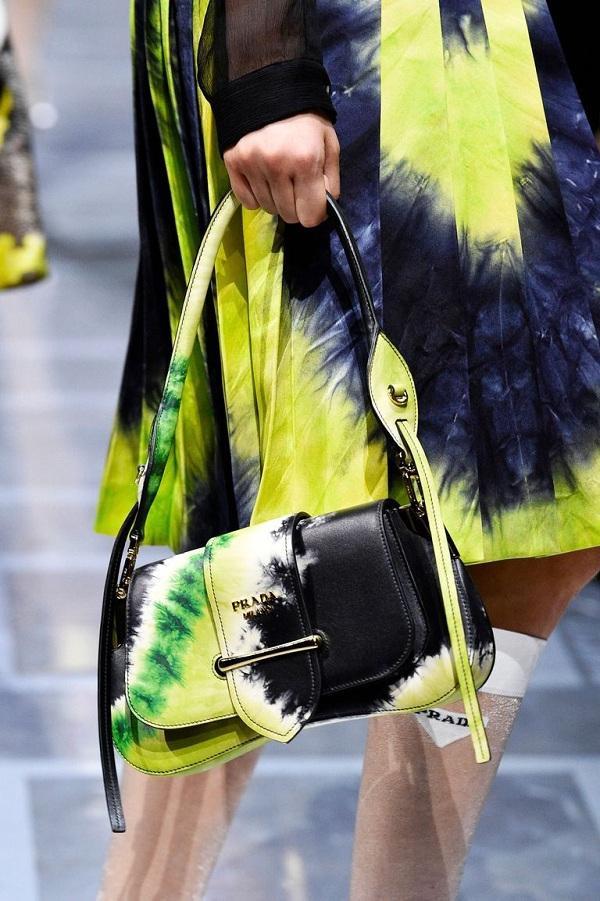 Prada đã cam kết sẽ bắt đầu 100% không có lông với bộ sưu tập Xuân/ Hè 2020 của thương hiệu.