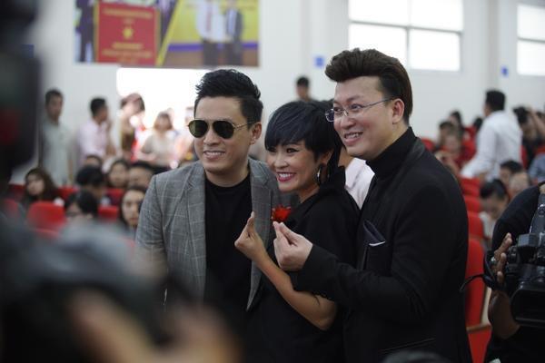 Ca sĩ Phương Thanh và Lam Trường đến chúc mừng dự án của Sỹ Luân.