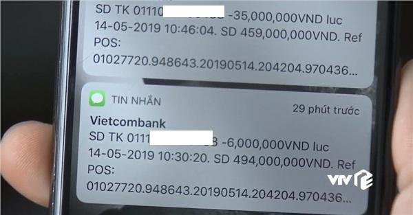 Khoảnh khắc tiết lộ số tiền có trong thẻ ATM của Quốc Trường.