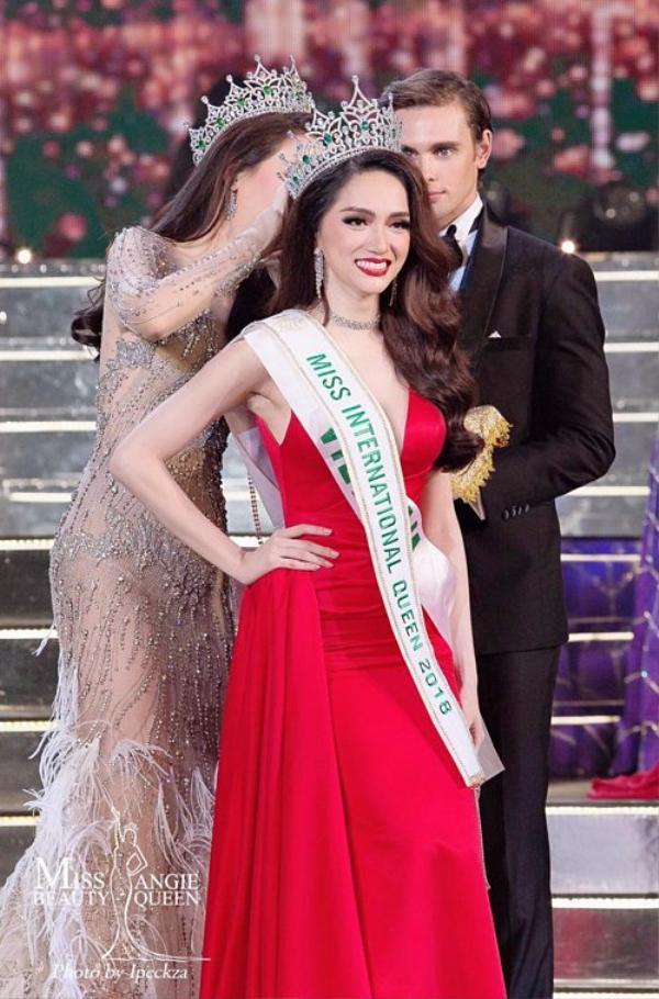 Chiến thắng của Hương Giang giúp cô nhận được nhiều yêu mến của khán giả