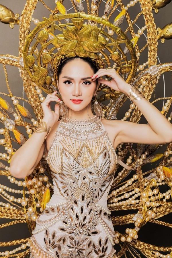 Hành trình của Hương Giang là câu chuyện truyền cảm hứng đến nhiều người