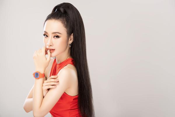 Ở ẩn lâu ngày, Angela Phương Trinh bỗng tung ảnh áo tắm nóng bỏng nhưng chẳng hề phô phang ảnh 7