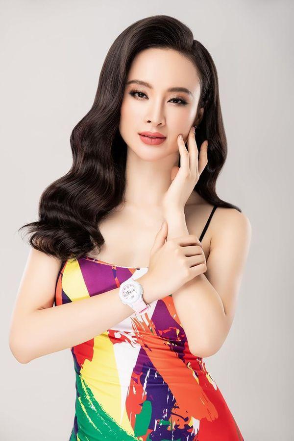 Ở ẩn lâu ngày, Angela Phương Trinh bỗng tung ảnh áo tắm nóng bỏng nhưng chẳng hề phô phang ảnh 0