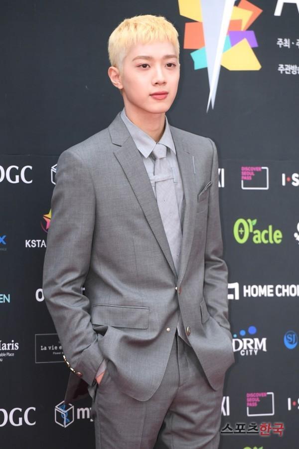 Dàn mỹ nam L (Infinite), Park Ji Hoon và Lai Kuan lin đổ bộ thảm đỏ Asia Model Festival 2019 ảnh 12