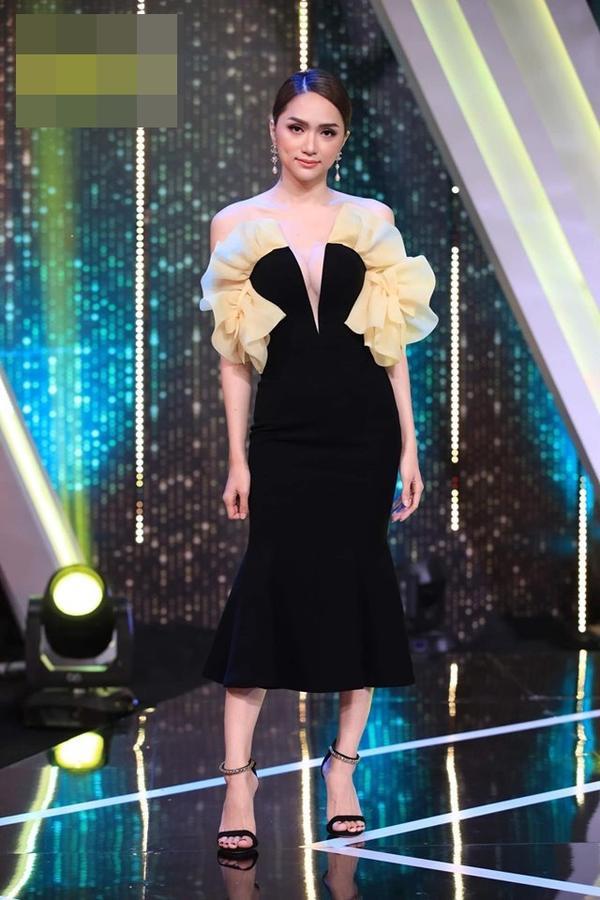 Hoa hậu Hương Giang cãi lời nhà thiết kế, tự biến tấu váy áo và đây là cái kết ảnh 4