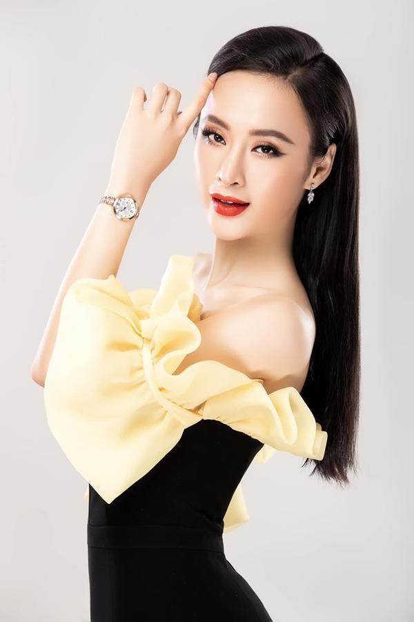 Hoa hậu Hương Giang cãi lời nhà thiết kế, tự biến tấu váy áo và đây là cái kết ảnh 1