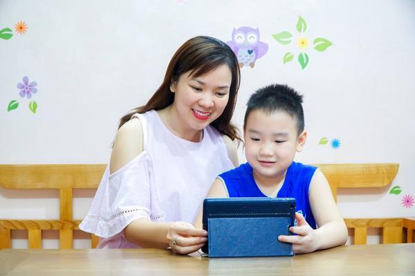 Mách bố mẹ 3 cách hiệu quả giúp trẻ học giỏi, chơi vui trên Internet ảnh 0