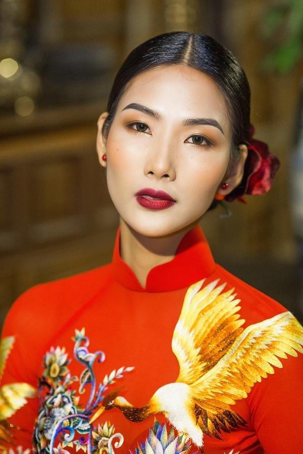"""Hoàng Thùy cho biết cô nàng thích nhất bài thi """"Ngọc Phương Đông""""."""