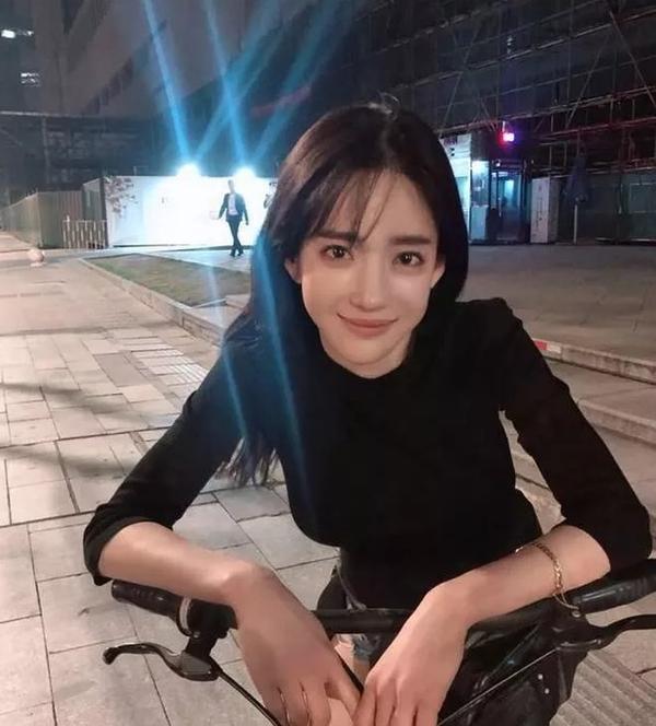 Chi hơn 21 tỷ trong suốt 10 năm để phẫu thuật thẩm mỹ giống Angela Baby, mẫu Hàn được khen đẹp hơn bản gốc nhờ điều này ảnh 9