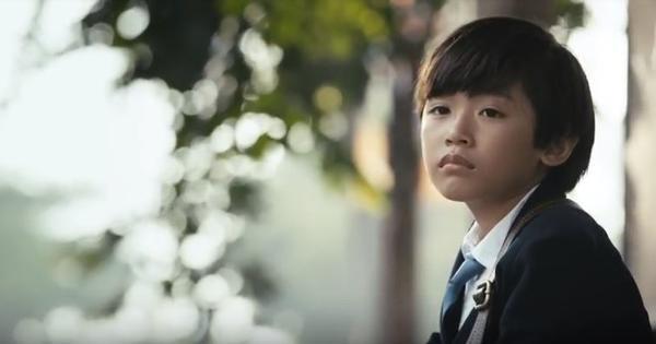 B Ray sử dụng hình ảnh của một cậu nhóc như hiện thân cho chính mình trong MV.