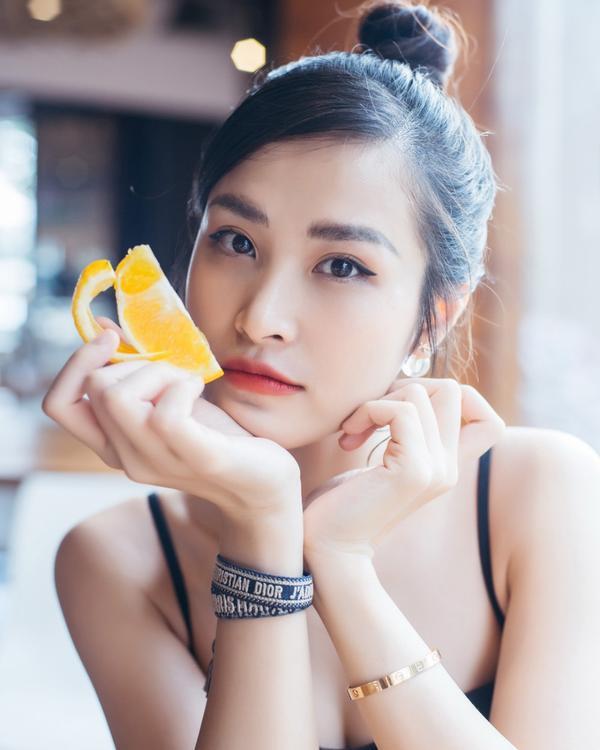 Fan xôn xao về hình ảnh một Đông Nhi ngày càng xinh đẹp và lão hóa ngược ảnh 19